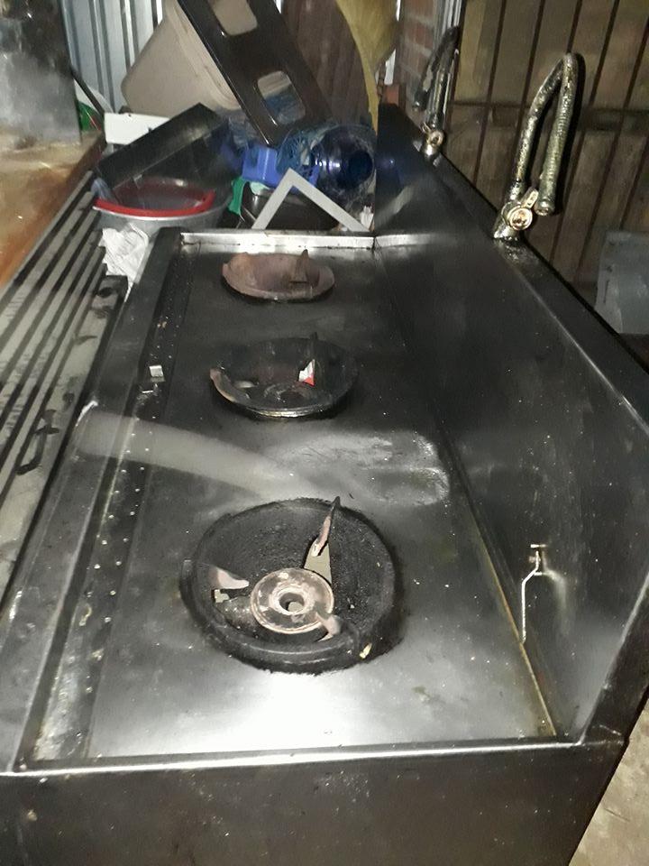 Thanh lý bếp khè ba họng