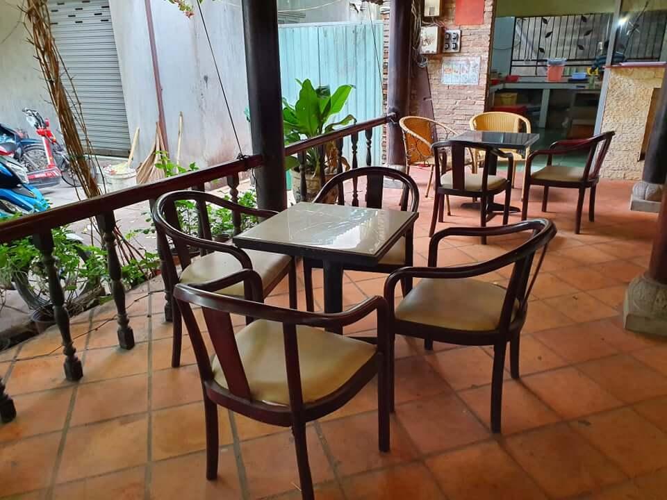 Đồ cũ Anh Trung Thanh lý bàn ghế cafe