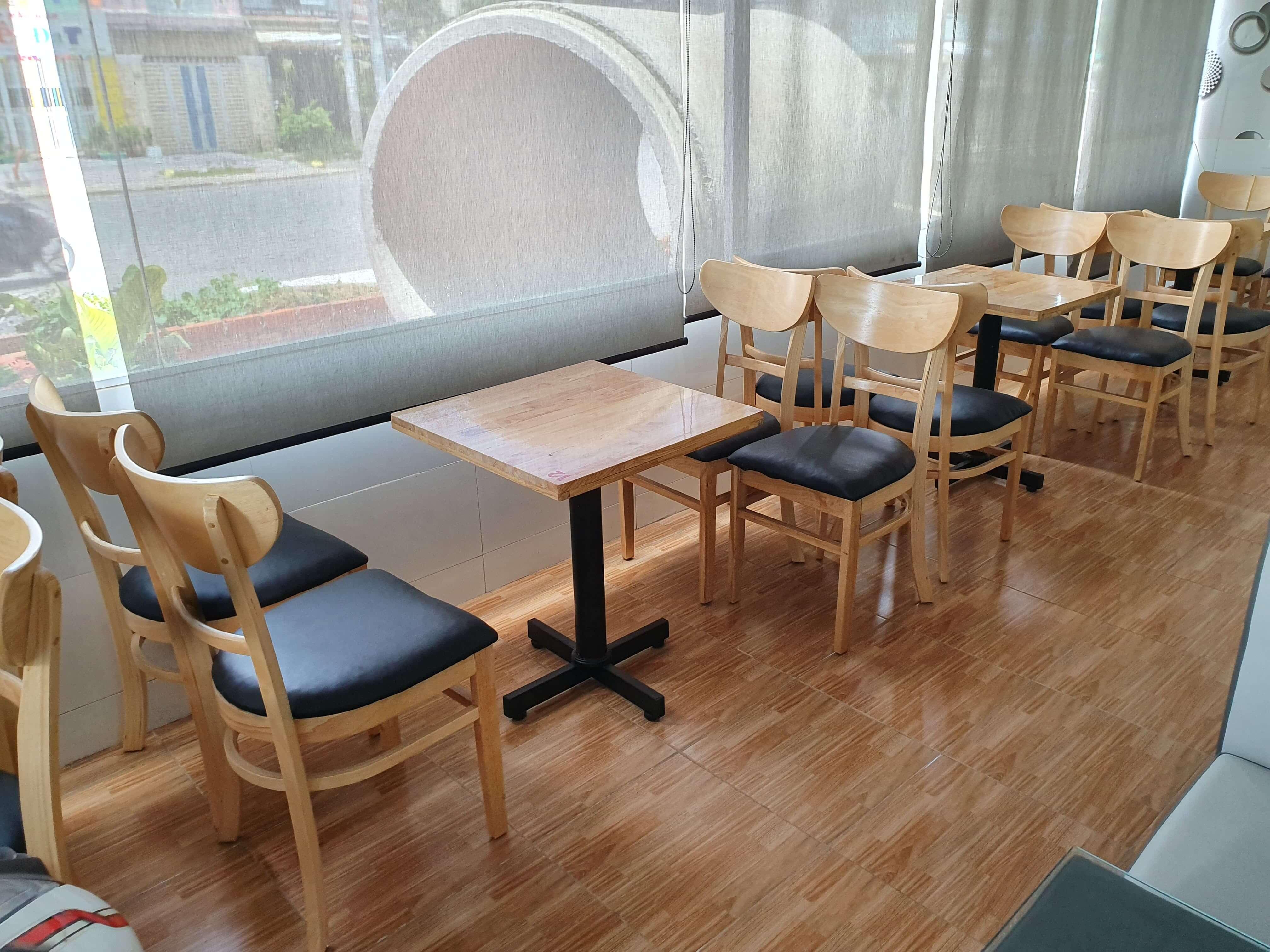 thanh lý bàn ghế cafe gỗ