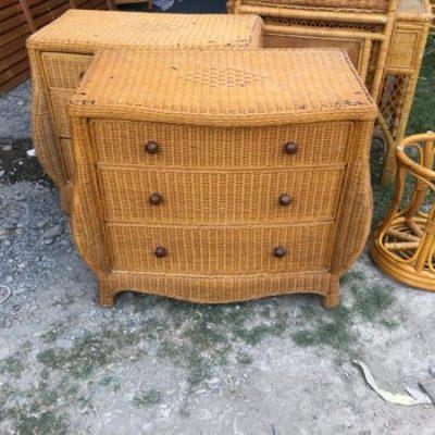 Thanh lý tủ đầu giường gỗ