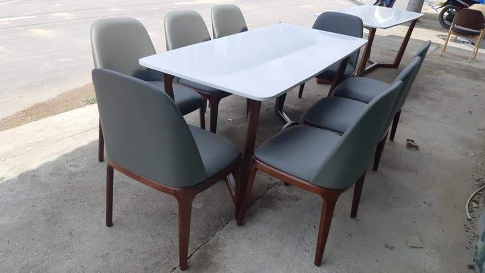 Thu mua bàn ghế nhà hàng