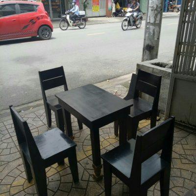 Bàn ghế gỗ cafe take away thanh lý